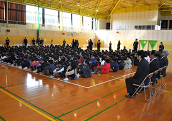 第5回 未来へつなごう日出町小中学生の善行表彰者、表彰式(日出RC)