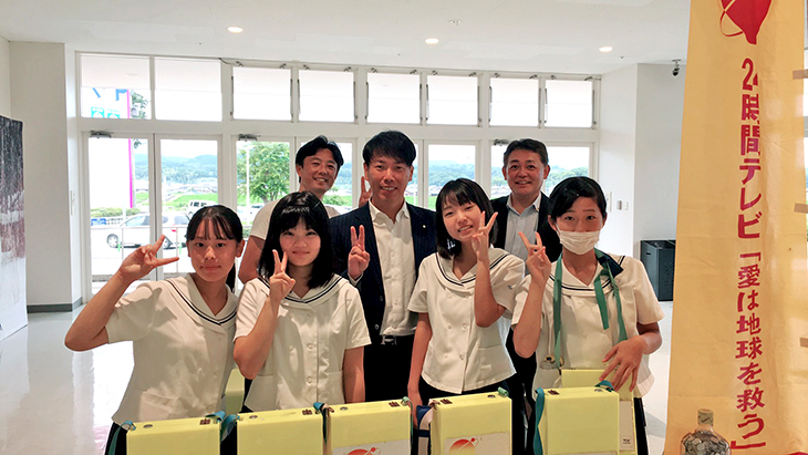 24時間テレビの募金活動ボランテイア(中津RC)