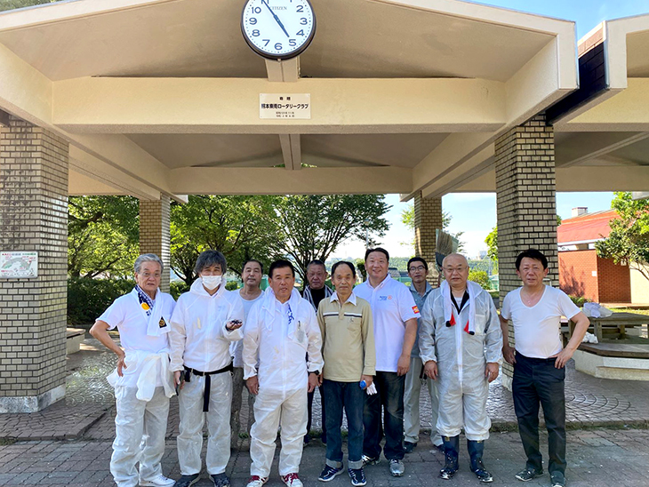 創立記念事業の時計を更新(熊本東南RC)