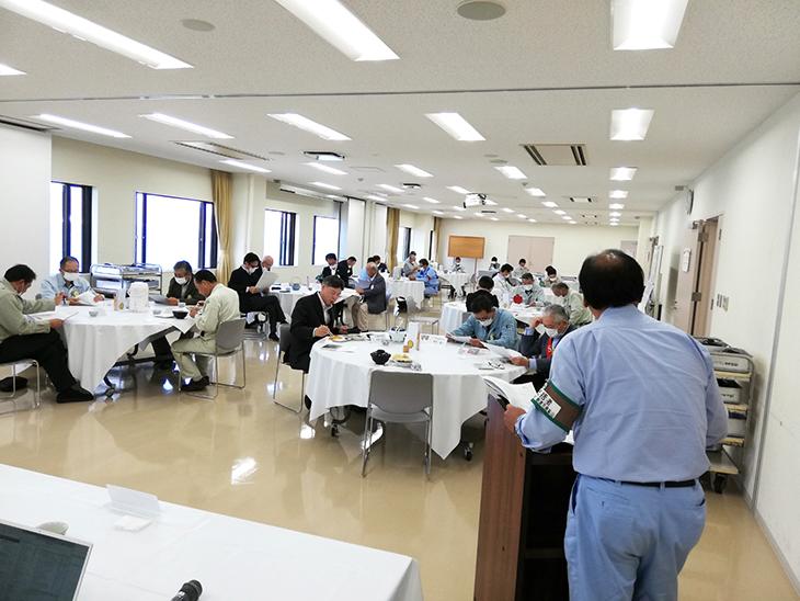 10月27日例会卓話 東晋吾会員(津久見RC)